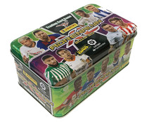 Tin Box Adrenalyn con 40 cartas de tus jugadores favoritos, PANINI.